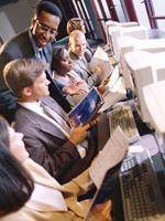 Cada vez mais os estudantes escolhem os cursos de pós-graduação pela internet, o e-learning oferece comodidade, o que é muito importante nos dias atuais