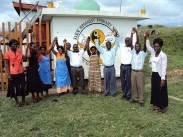 Das Team der Kasese Humanist Primary School. Foto: © privat