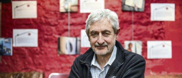 L'économiste Jean-Marie Harribey, à Paris, en février 2018 (Photo : Julien Jaulin/Hans Lucas)