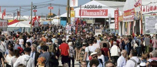 Notre demande de tenir un rassemblement de 20   000 personnes se heurte à l'actuelle norme des 5    000 participants dans un même espace. Caroline Doutre