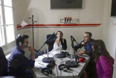 La radio Fréquence Paris Plurielle (FPP), radio associative sur la région parisienne, a lancé des appels à l'aide auprès de ses fidèles. Yves Hazemann