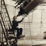 Percival-Lowell-observing-Venus-from-the-Lowell-Observatory-in-1914