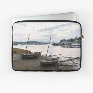 low-tide-tarbert-laptop-sleeve