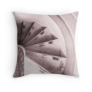 sintra-spiral-pillow