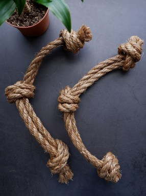 3-Knot Tug Toy