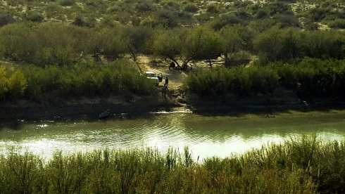 Getting Ready to Cross Rio Grande to USA - National Park During Government Shutdown