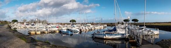 Le petit port subit l'influence très marquée des marées du Bassin d'Arcachon