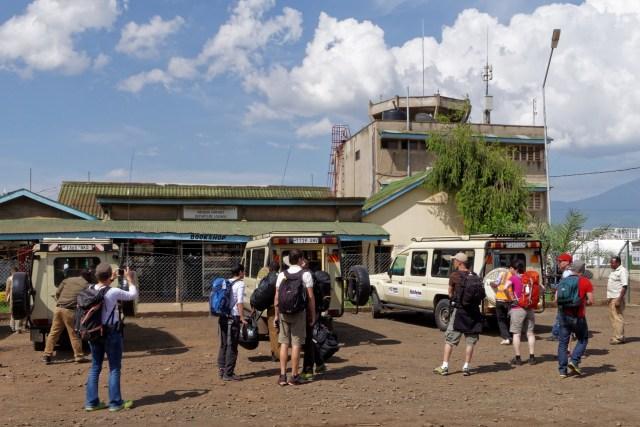 Ankunft am Airport von Arusha