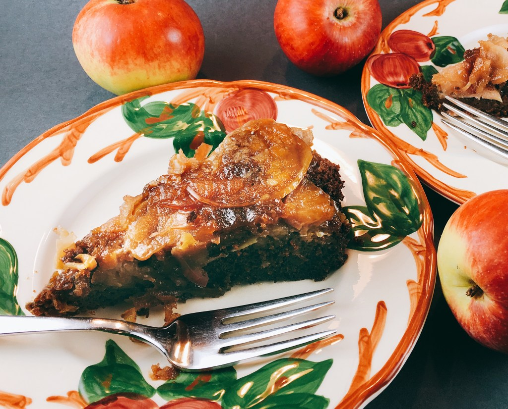 Apple Gingerbread Cake slice