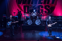07 The Winery Dogs @ Teatro Cariola 2016