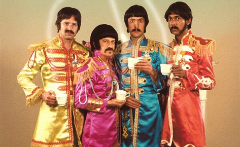 https://i2.wp.com/www.humonegro.com/wp-content/THE-RUTLES-ALL-YOU-NEED-IS-CASH-FRONTAL.jpg?w=474&ssl=1