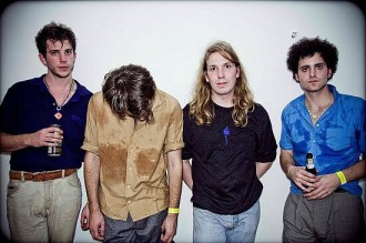 THE VACCINES 02