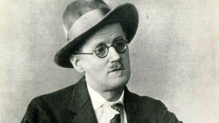 James Joyce portrait Irish writer ( Irish name Séamus Seoighe) 2 February 1882 – 13 January 1941. Famous for his novel Ulysses (Photo by Culture Club/Getty Images)