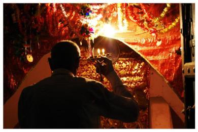 performing-prayer