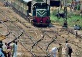 گوجرہ کے قریب ریل کی کار کو ٹکر سے 6 افراد جاں بحق