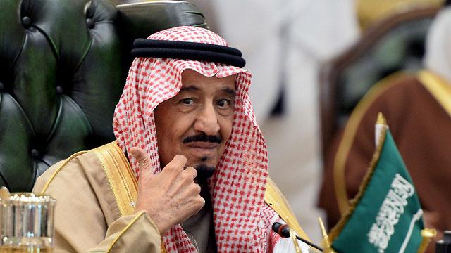 سعودی عرب میں شاہی محل کے قریب بھاری فائرنگ کی اطلاعات: شاہ سلمان حفاظتی بنکر میں منتقل