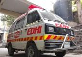 کیا ضرورت ہے ایمبولینس کو رستہ دینے کی؟