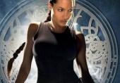 کیا مجبوری مجھے فلمی دنیا میں گھسیٹ لائی؛ انجلینا جولی کا بیان
