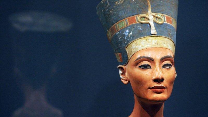 نیفرتیتی کا کا تین ہزار سال قدیم مجسمہ