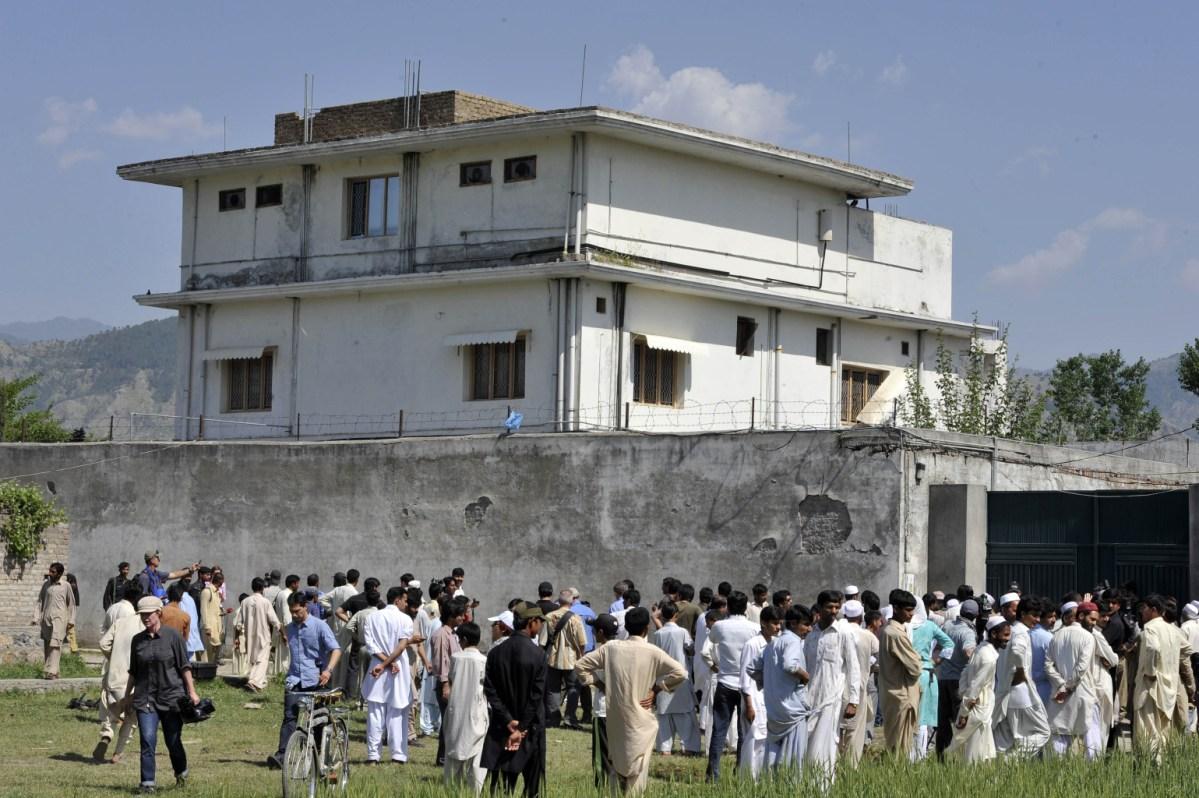 امریکہ سے 5 ارب روپے لے کر اسامہ تک پہنچانے والا فوجی افسر دبئی میں پرویز مشرف کا کاروباری پارٹنر ہے: اسد کھرل