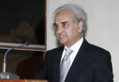 نگران وزیراعظم نے کرپشن کے الزام میں مستعفی جج کو وفاقی سیکرٹری قانون مقرر کر دیا