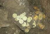 شیخوپورہ میں قبر کی کھدائی  کے دوران  خزانہ دریافت