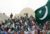 سوشل میڈیا پر بعض پاکستانی یوم آزادی پر کیوں ناخوش ہیں؟