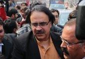 ڈاکٹر شاہد مسعود کرپشن کیس میں ضمانت مسترد ہونے پر عدالت سے فرار ہو گئے
