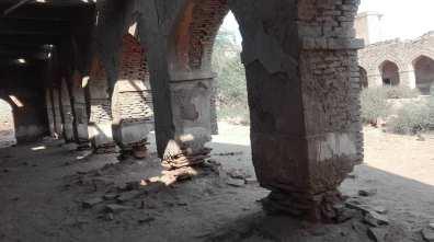 قلعہ دراوڑ - ستون