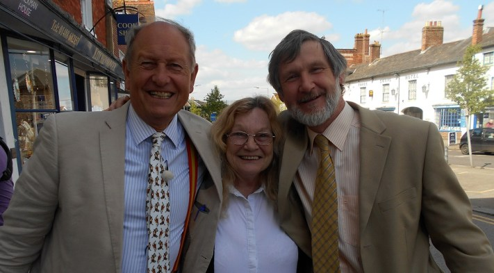 Hungerford Arcade Charlie Ross, Rita and Adrian Bargain Hunt May 2016