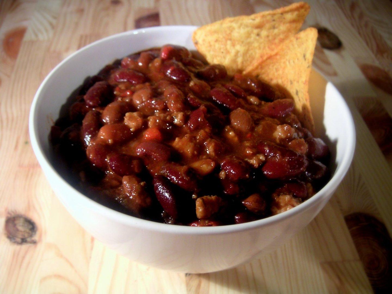 Recipe: Spicy Vegan Puy Lentil Chilli
