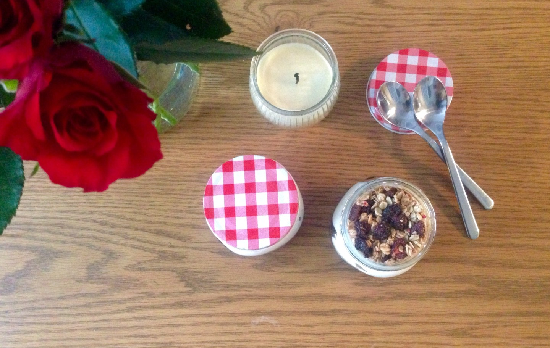 Recipe: Easy, Organic Breakfast Granola Jars
