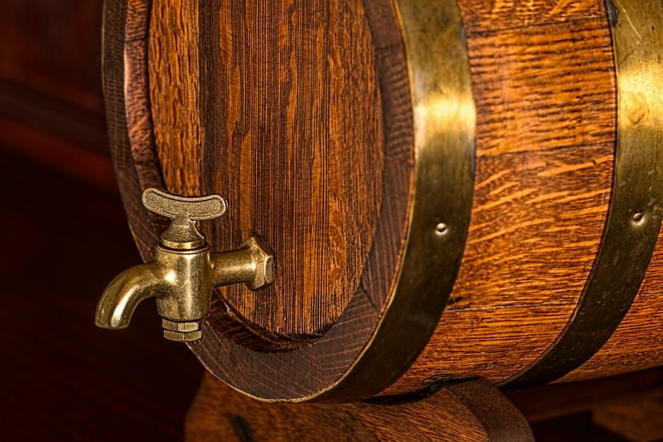 beer-barrel-keg-cask-oak