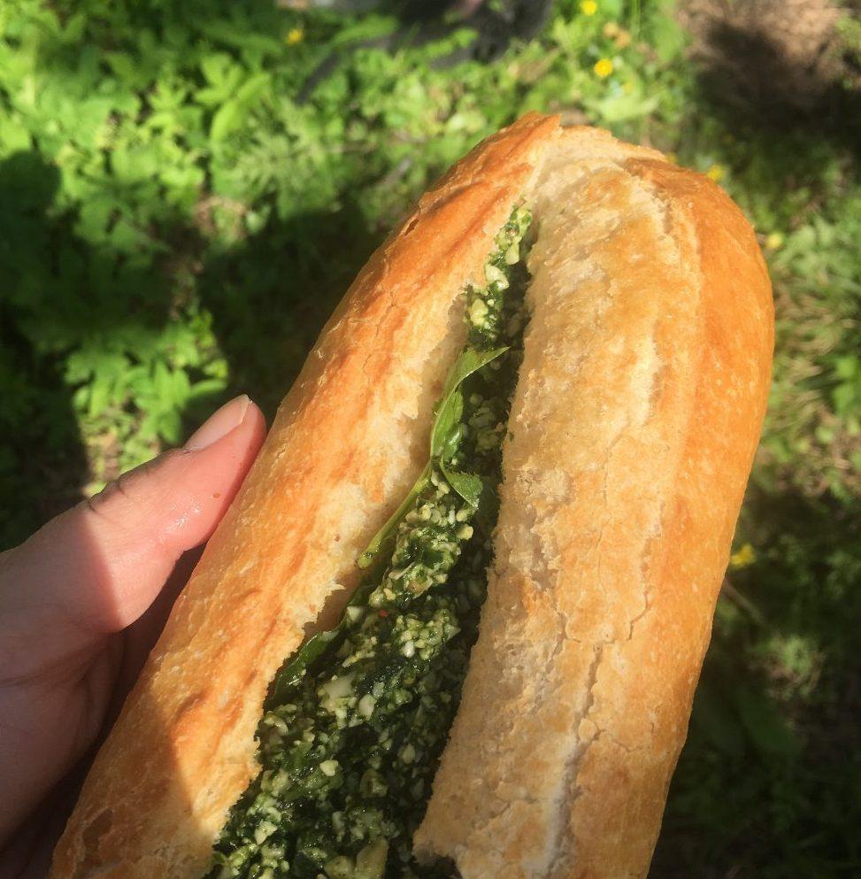 pesto baguette
