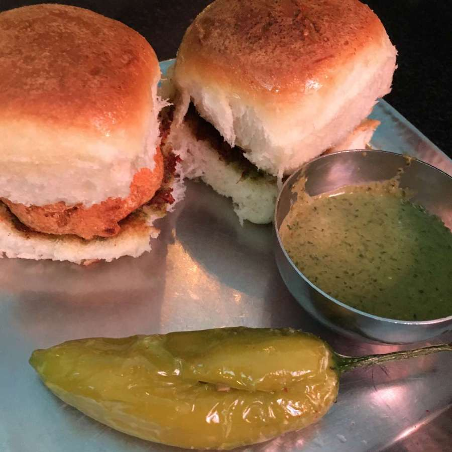 kingdom of dreams vada pav