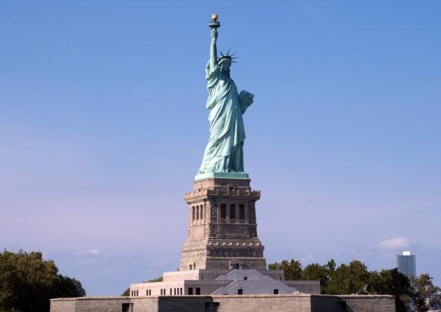statue-liberty-1557