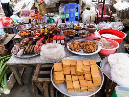 Тофу, сосове и сушена риба