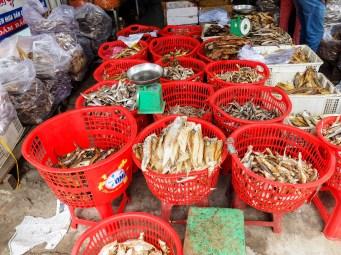 Отново сушени риби от Меконг