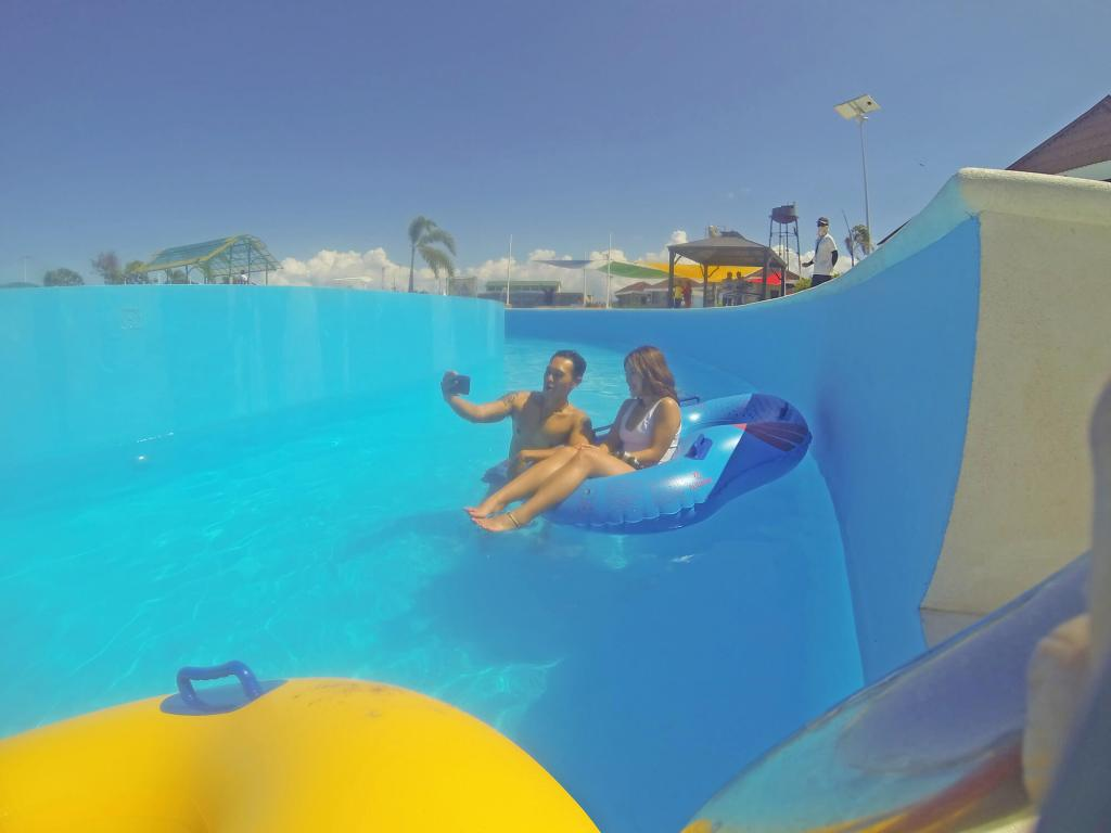 redwood-waterpark-and-resort-hungrytravelduo