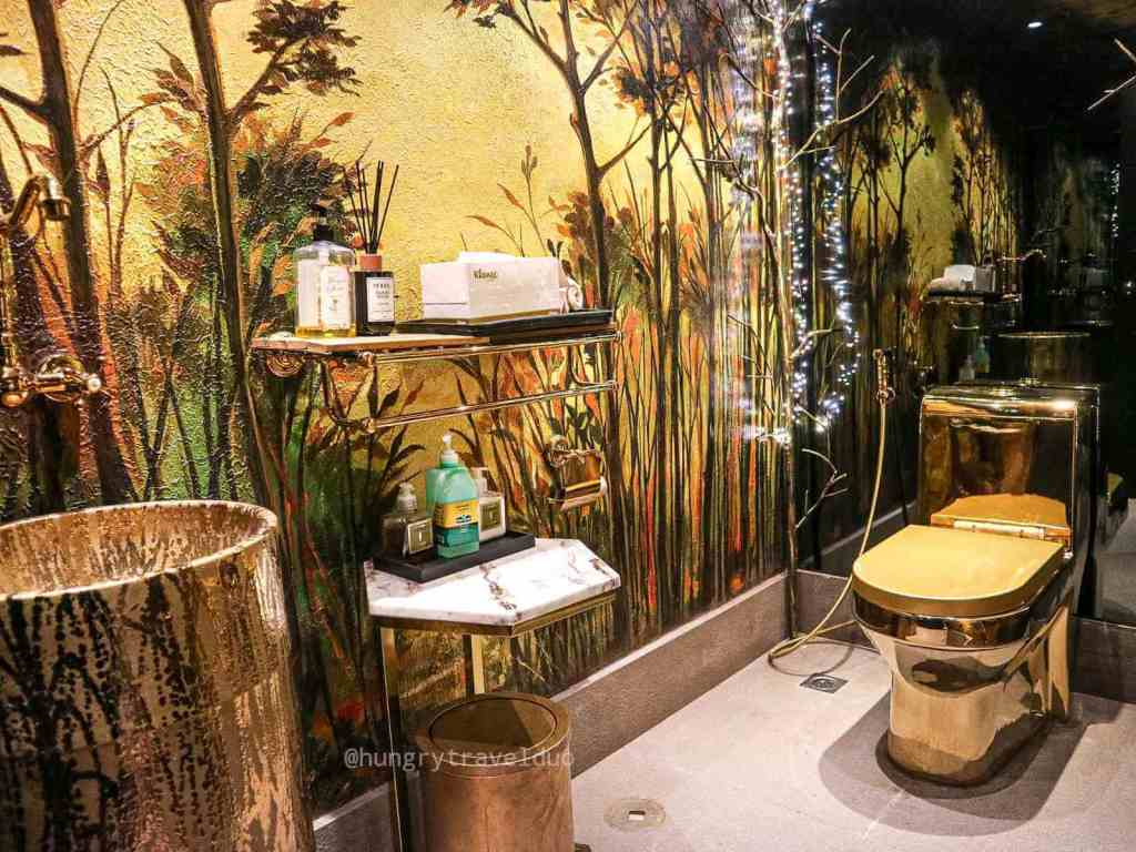 Rafael's Tapas Bar and Restaurant - Resorts World Manila- Golden Toilet