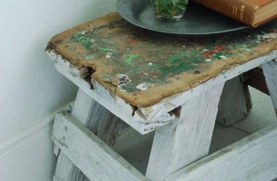 Hunt & Host Home Tour: White Vintage Bathroom
