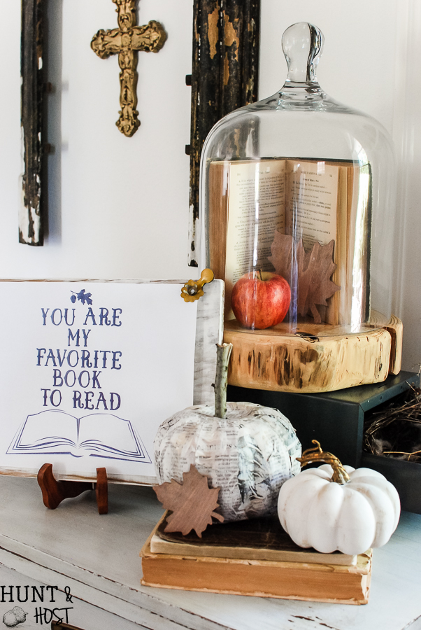 A cozy autumn home tour inspired by books and pages for Fall. Plus a free printable for a friend...You are my favorite book to read.