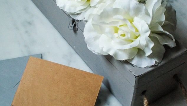 Gift Box To Blooming Storage: Dollar Store Idea