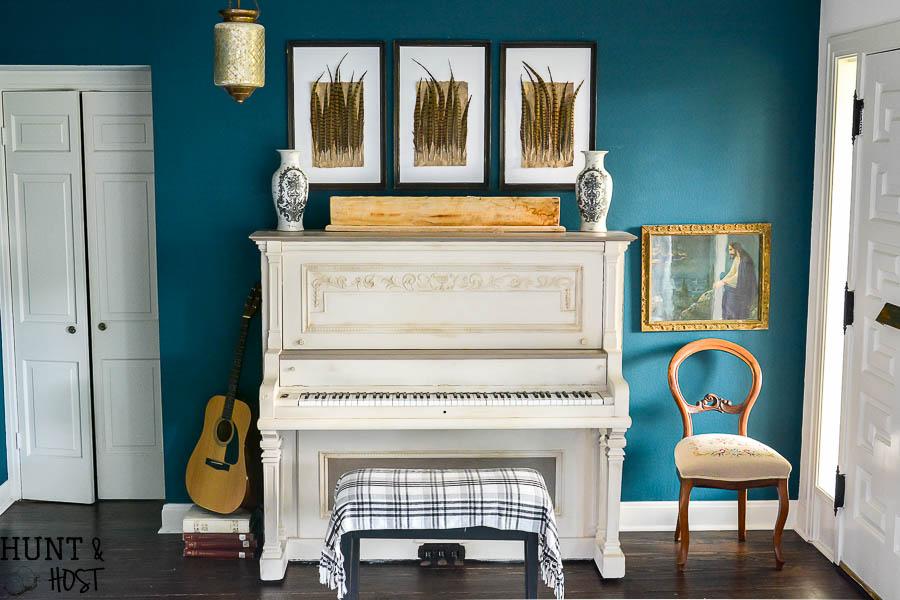 Far away from home piano decor
