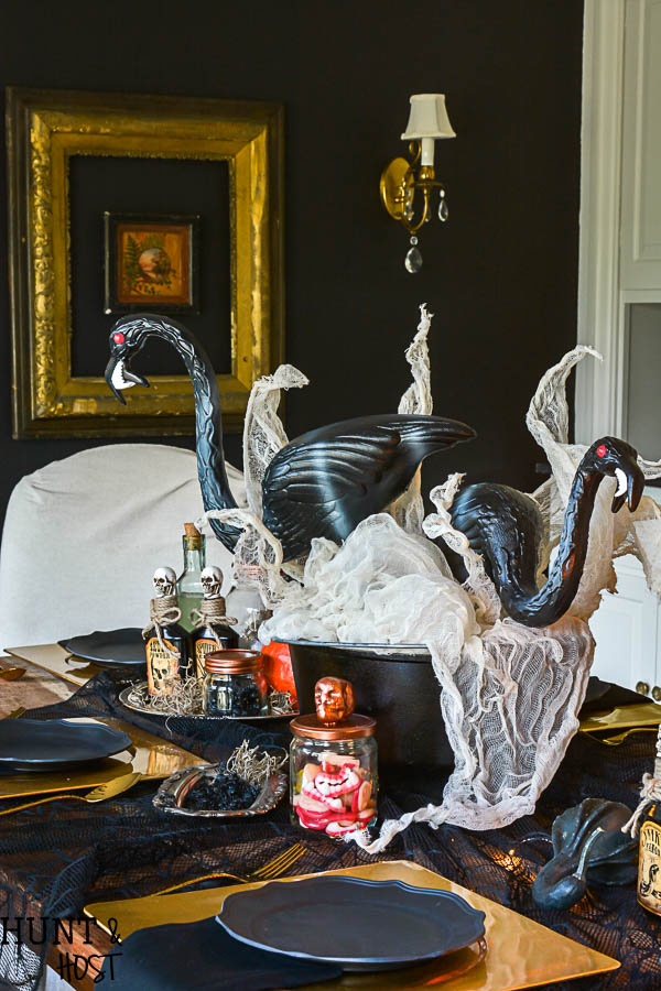 Lady Scientist\'s Glam Halloween Table - Hunt and Host