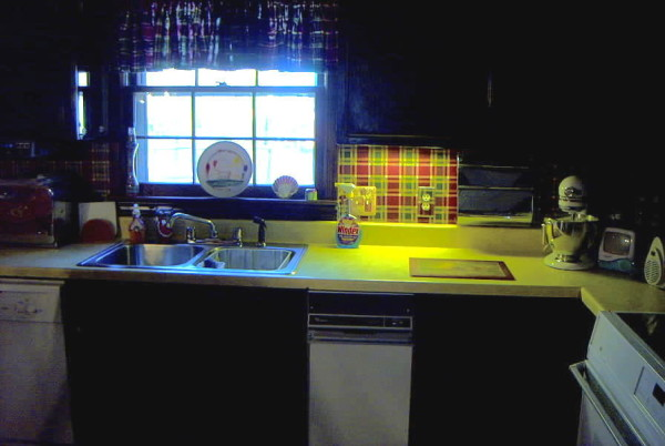 Kitchen remodels, the ugliest befores to the prettiest afters! You have to see these kitchen makeovers, tips, tricks and DIY's.
