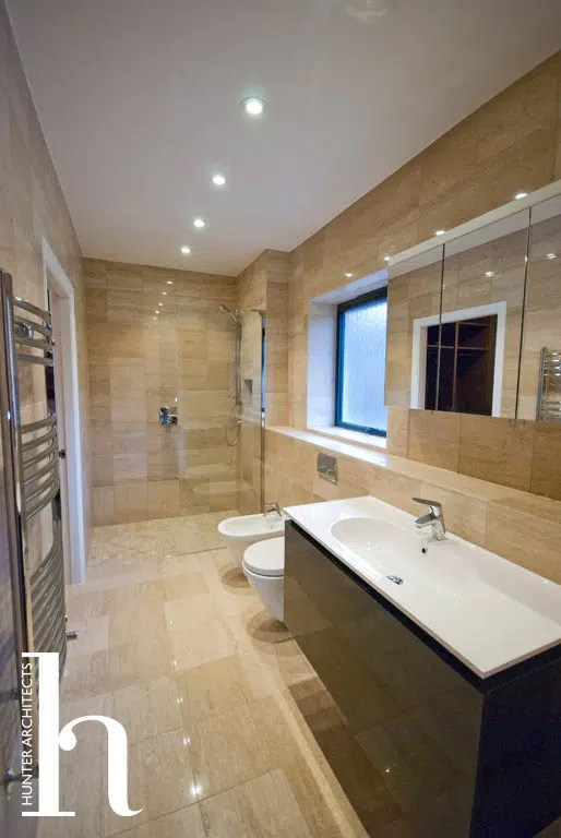 En-suite in bespoke home – Manchester Architectural Services