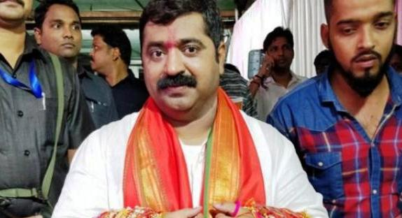 bjp-mlas-controversial-speech-said-girl-likes-to-be-i-will-help-in-getting-rid-of