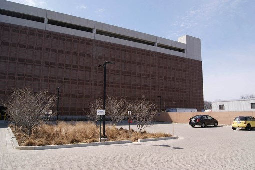 JOHNSON CONTROLS, INC. WORLDWIDE HEADQUARTERS PARKING DECK ADDITION