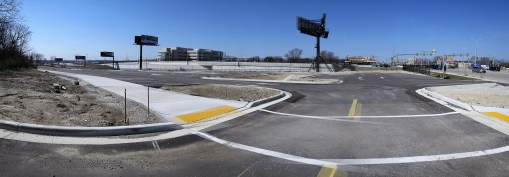 MILWAUKEE COUNTY ZOOLOGICAL GARDENS NEW WEST PARKING LOT
